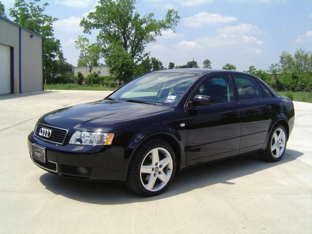 Обзор Audi A4 2000 — 2004