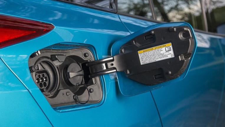 Toyota: к 2025 году все модели будут электрическими