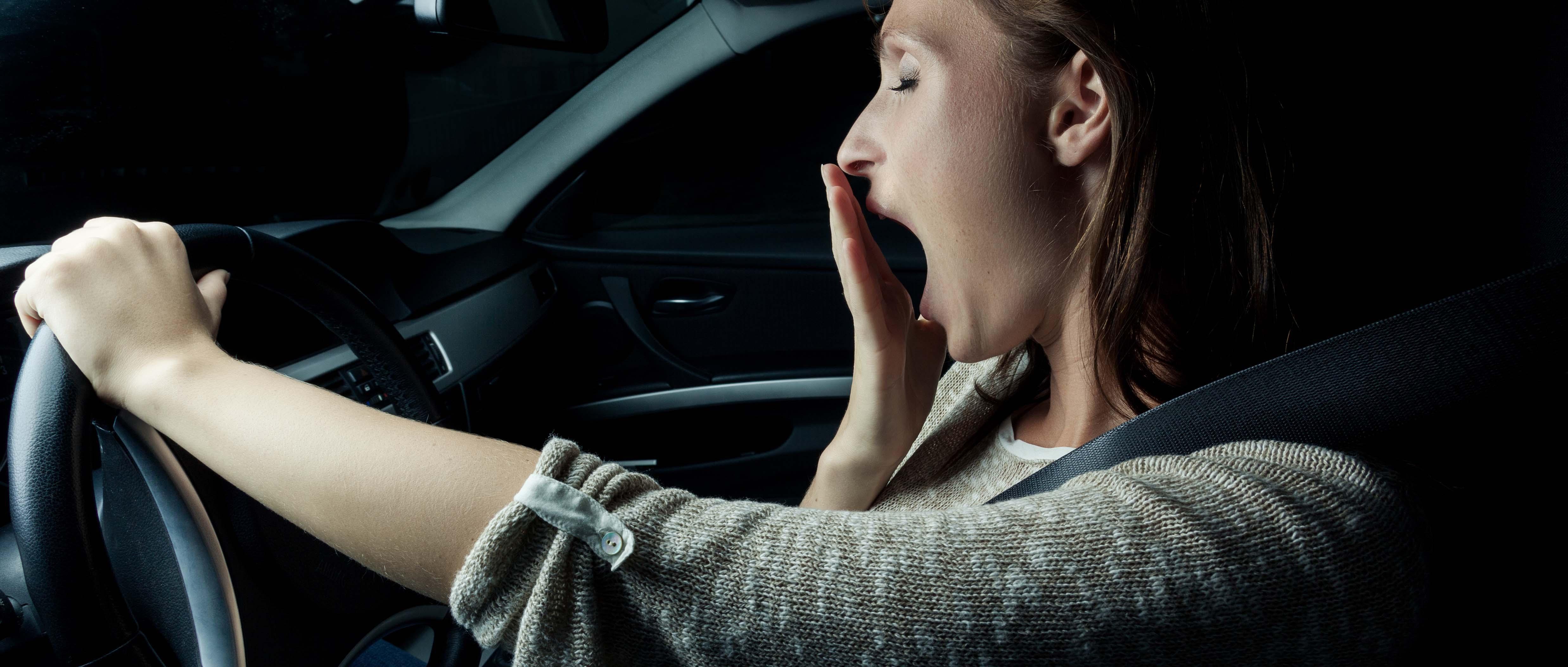 как не заснуть за рулем во время дальних поездок ночью