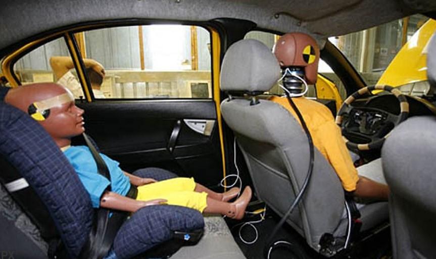 как правильно перевозить детей в машине до 12 лет