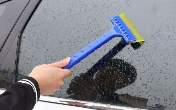 Как ликвидировать лед на автомобиле 2