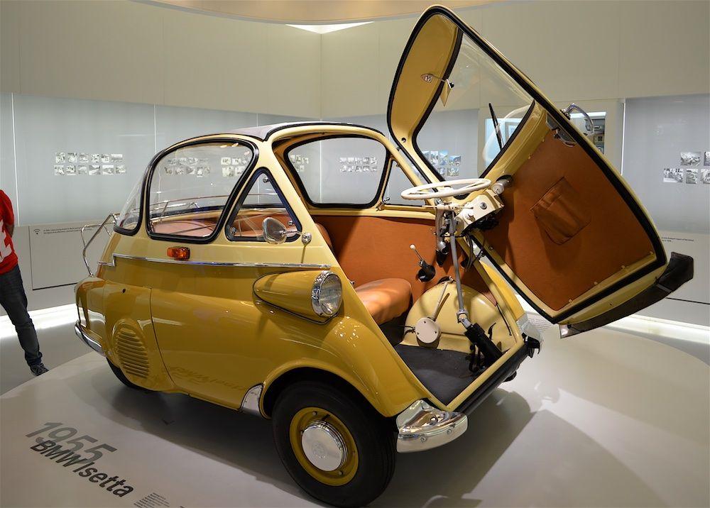 BMW Isetta – автомобиль особо малого класса