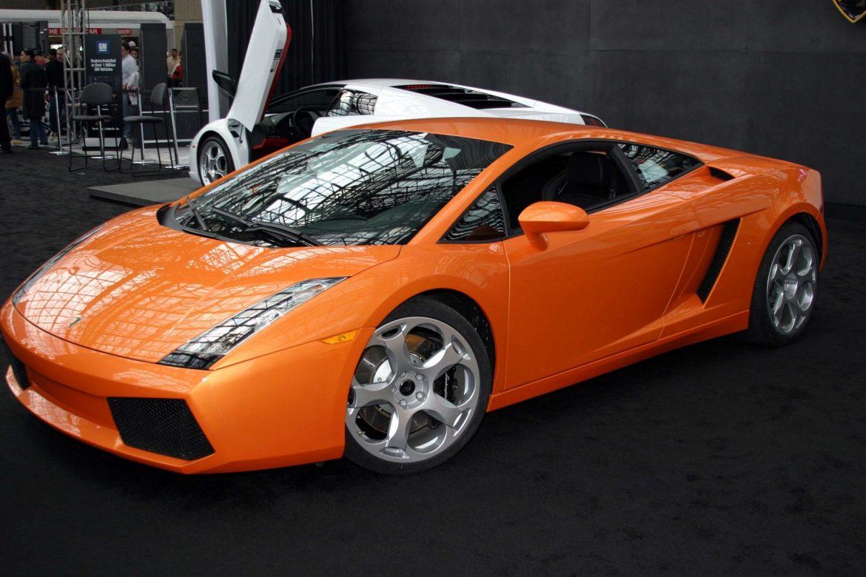 Honda Legend и Lamborghini Gallardo