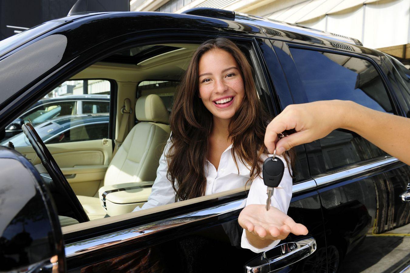 Зачем брать автомобиль напрокат