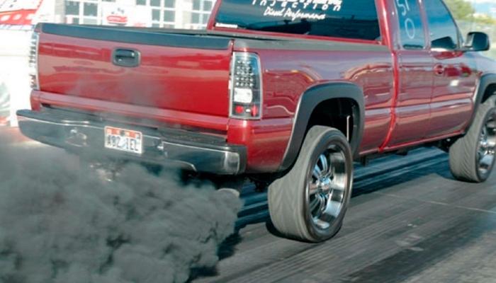 ет дыма из выхлопной трубы - проблемы