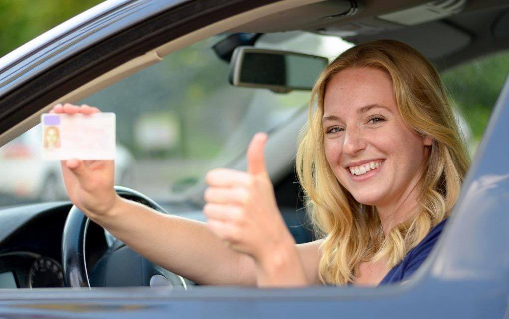 Что нужно для замены старого водительского удостоверения?