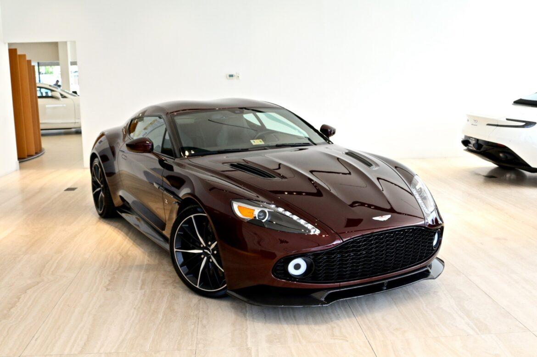 Обзор автомобиля Aston Martin Vanquish