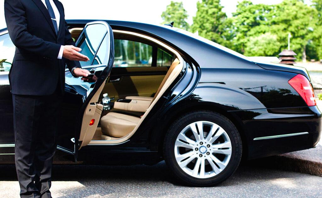 Аренда автомобилей бизнес класса с водителем в Москве