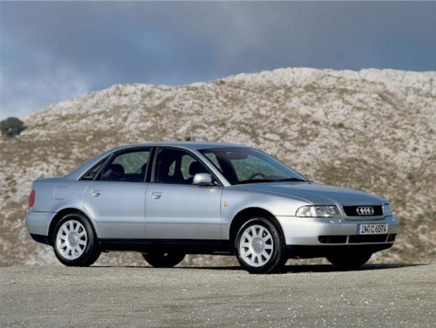 Из-за дефекта подушек безопасности отозвали 527 очень старых Audi